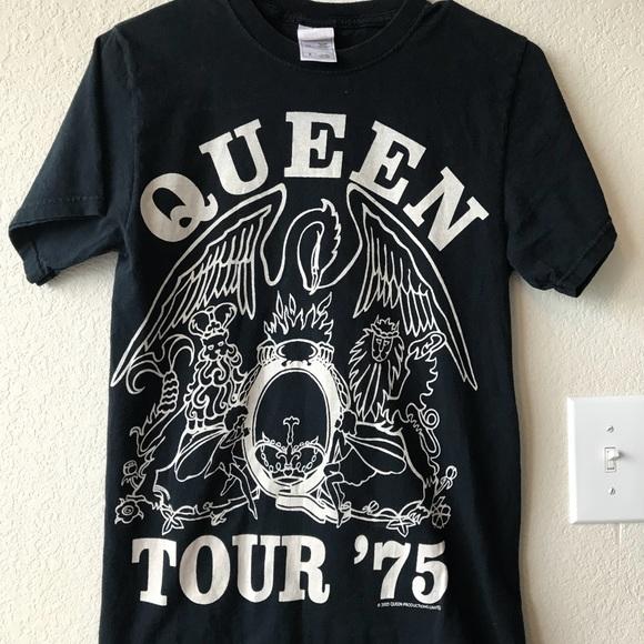 Vintage Queen tour shirt 2005